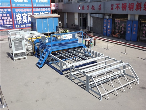 Construction and advantages of steel mesh welding machine