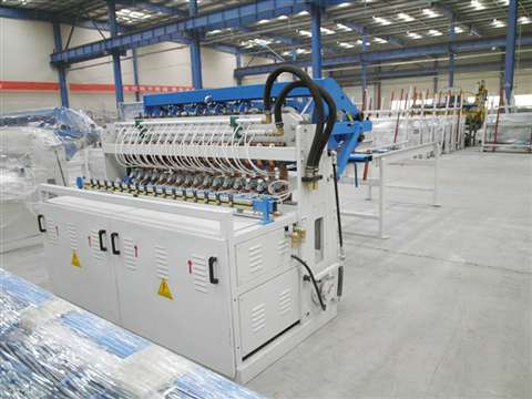 Fencing mesh welding production line