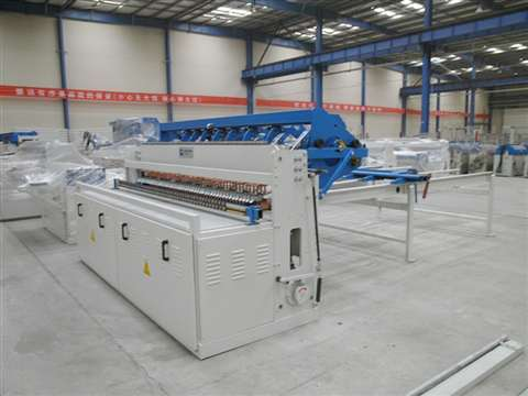 Bridge fence mesh welding production line