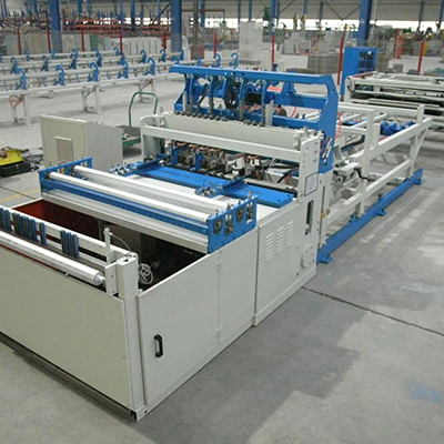 Good quality wire mesh welding machine for poultry cages