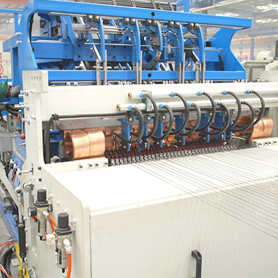 Shelf mesh welding production line