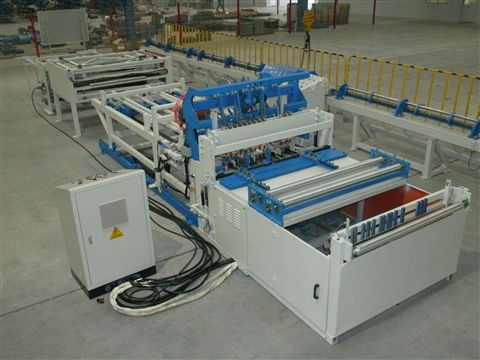 Bird cage mesh welding machine